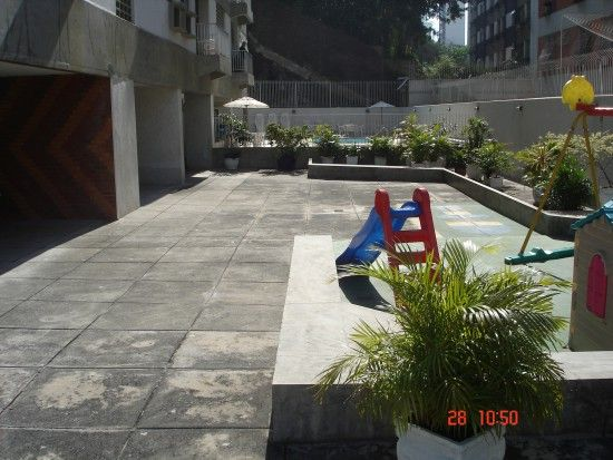 RJ - Rio de Janeiro - Cond. Ed. Erika - 02 - ANTES