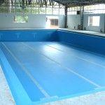 Impermeabilização de piscina com marcação de raias