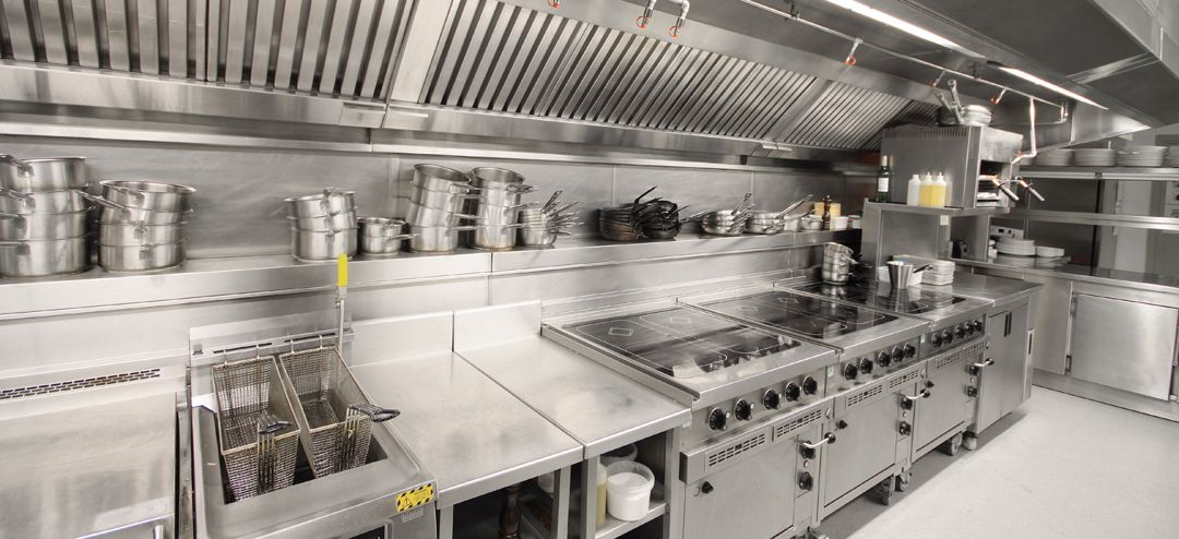 11 maneiras de realizar a higiene em cozinhas industriais - Commercial kitchen exhaust hood design ...