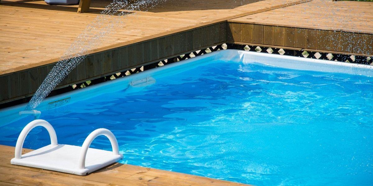 Com tantas op es como escolher a piscina ideal for Piscina de vinil e boa