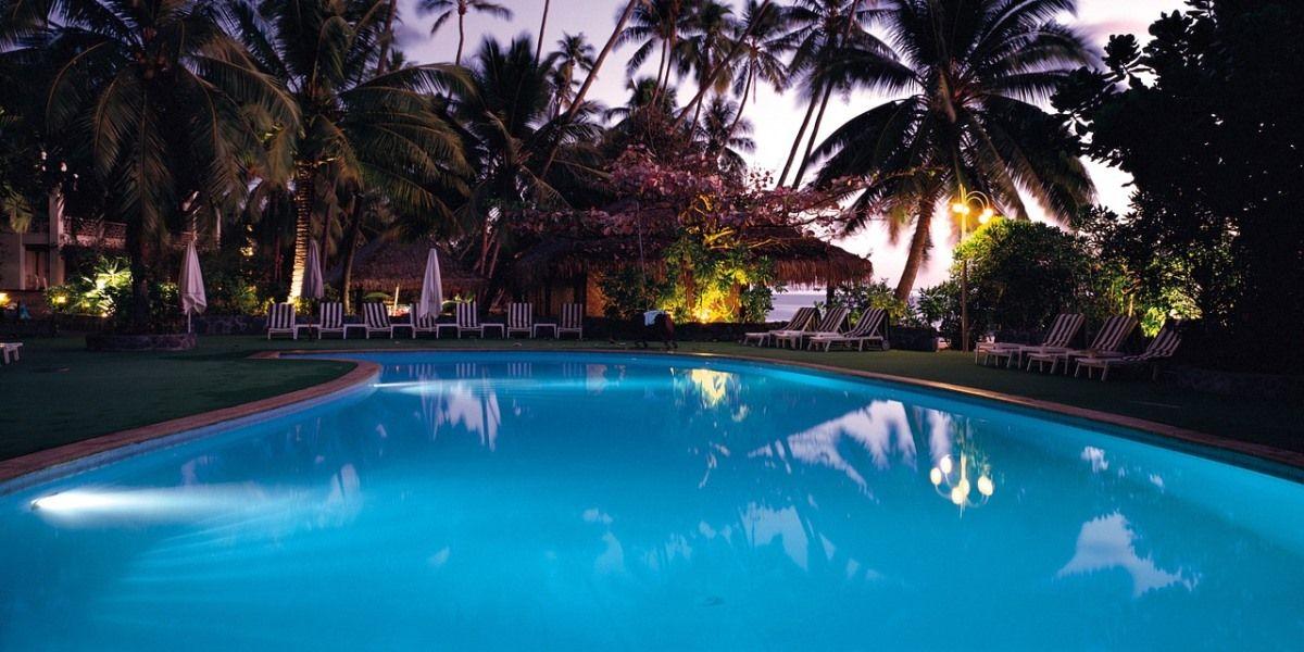 como escolher piscina de alvenaria vinil ou fibra vantagens e desvantagens dos tipos de piscinas