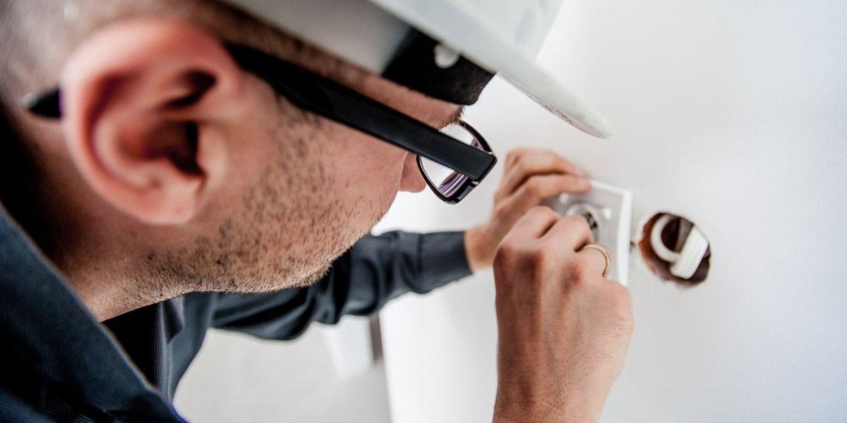 manutenção condominial periodicidade para manutenção elétrica no condomínio