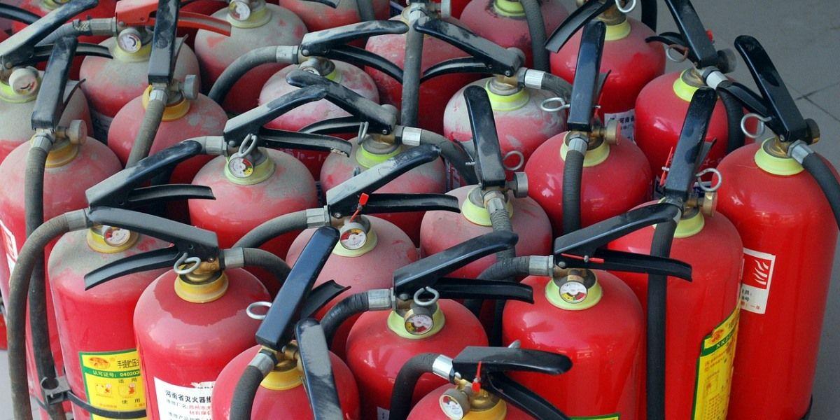 manutenção condominial periodicidade para manutenção de extintores no condomínio