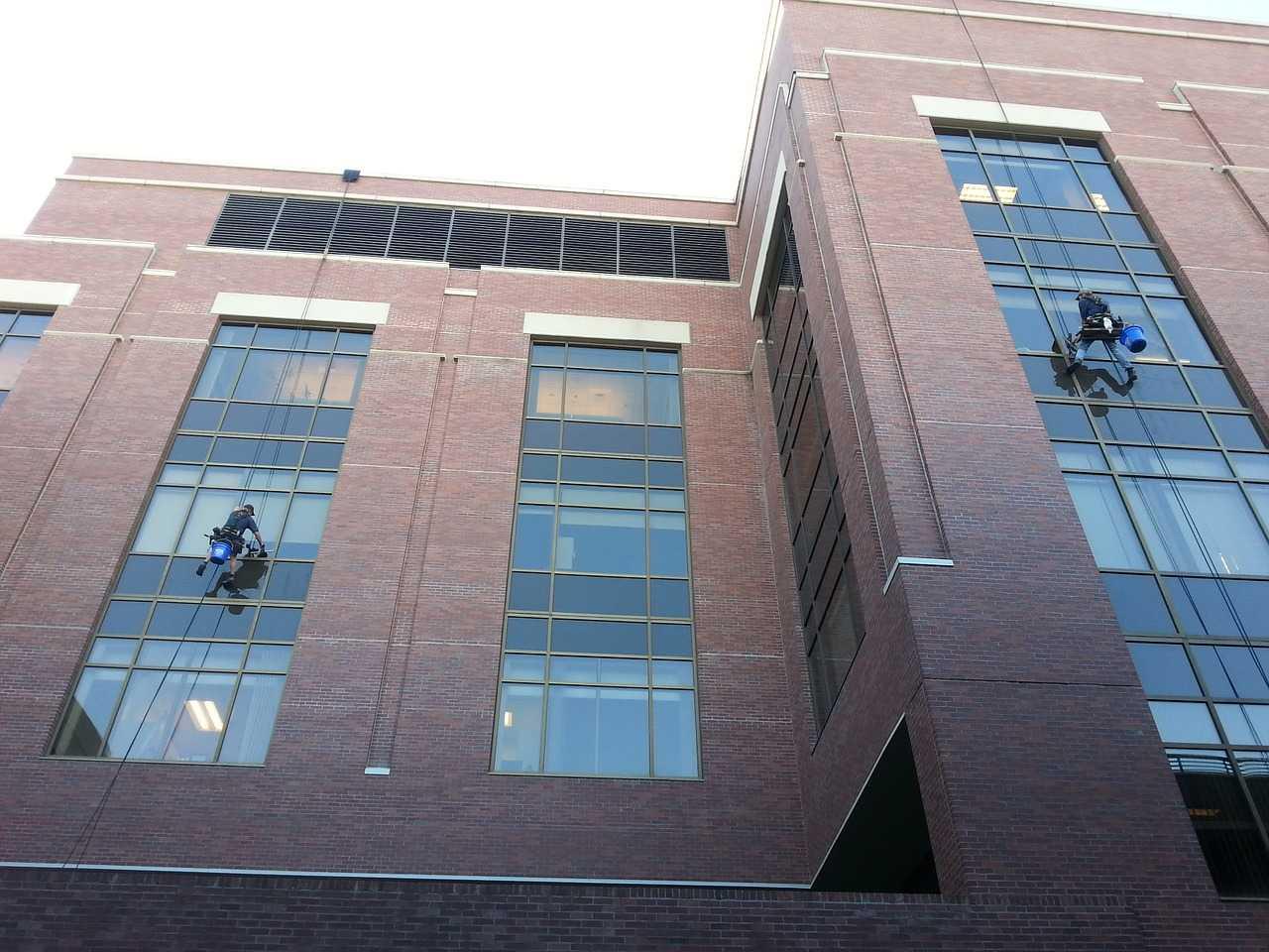 manutenção da fachada do condomínio limpeza