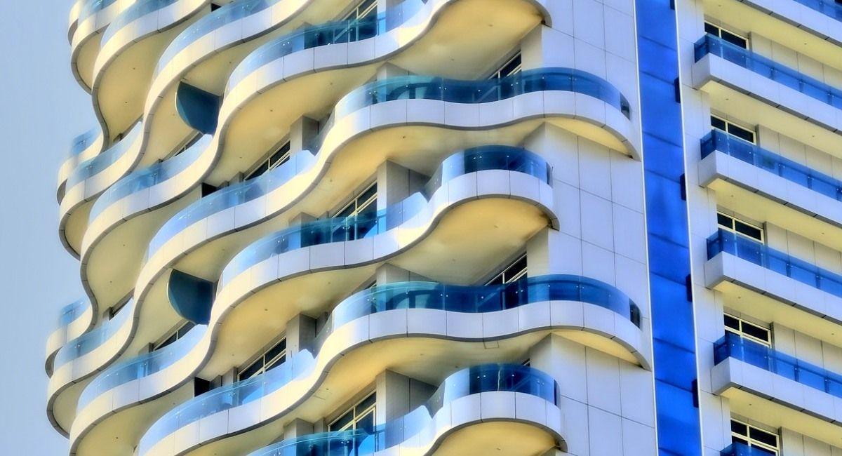 varanda de apartamento infiltração impermeabilização