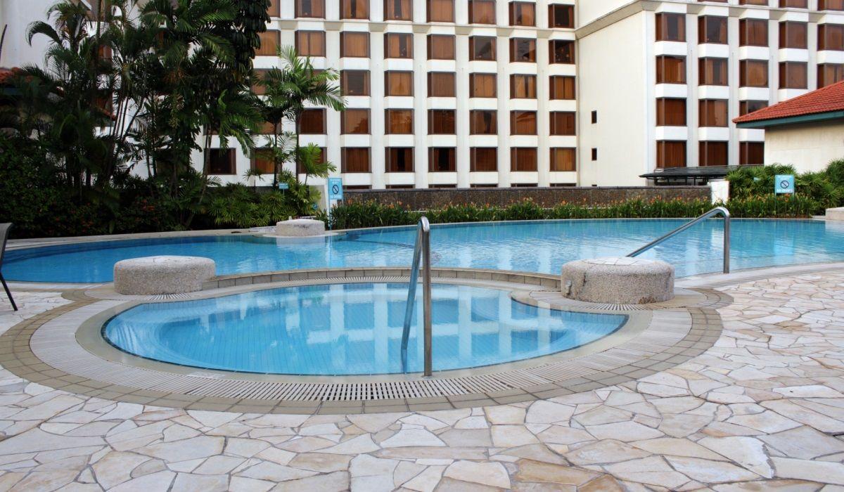 áreas externas melhor revestimento para piscinas