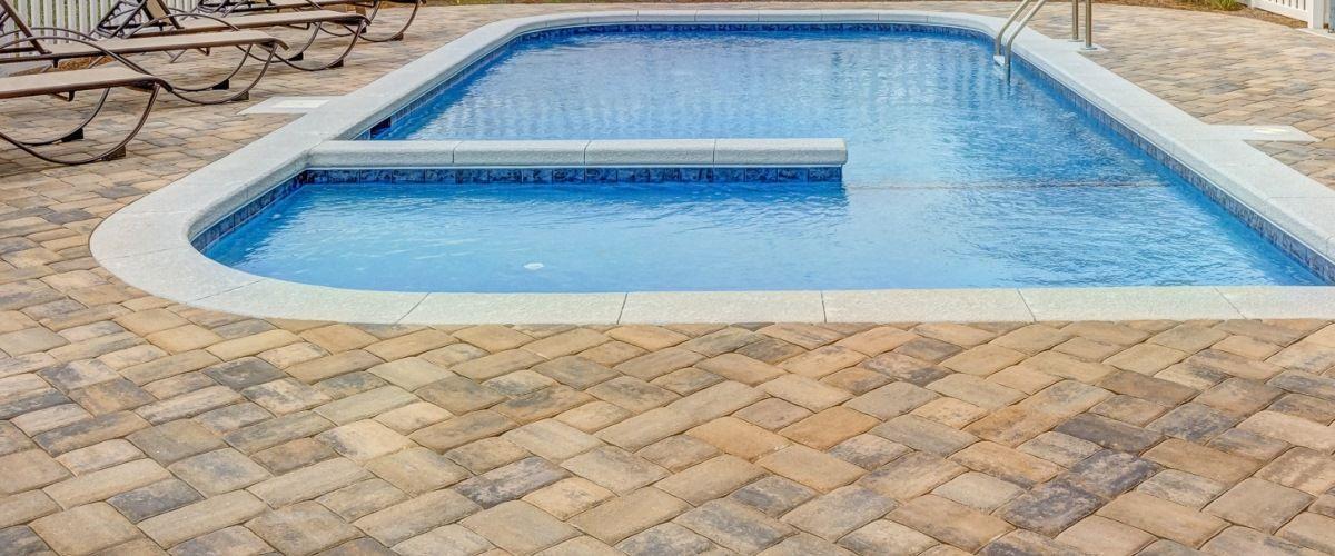reformas no condomínio quando fazer outono melhor época piscina