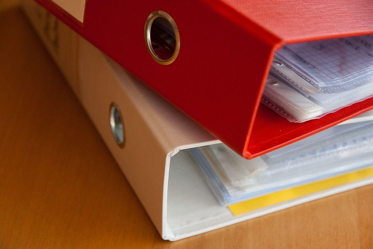 responsabilidades do síndico na contratação de empresas para o condomínio