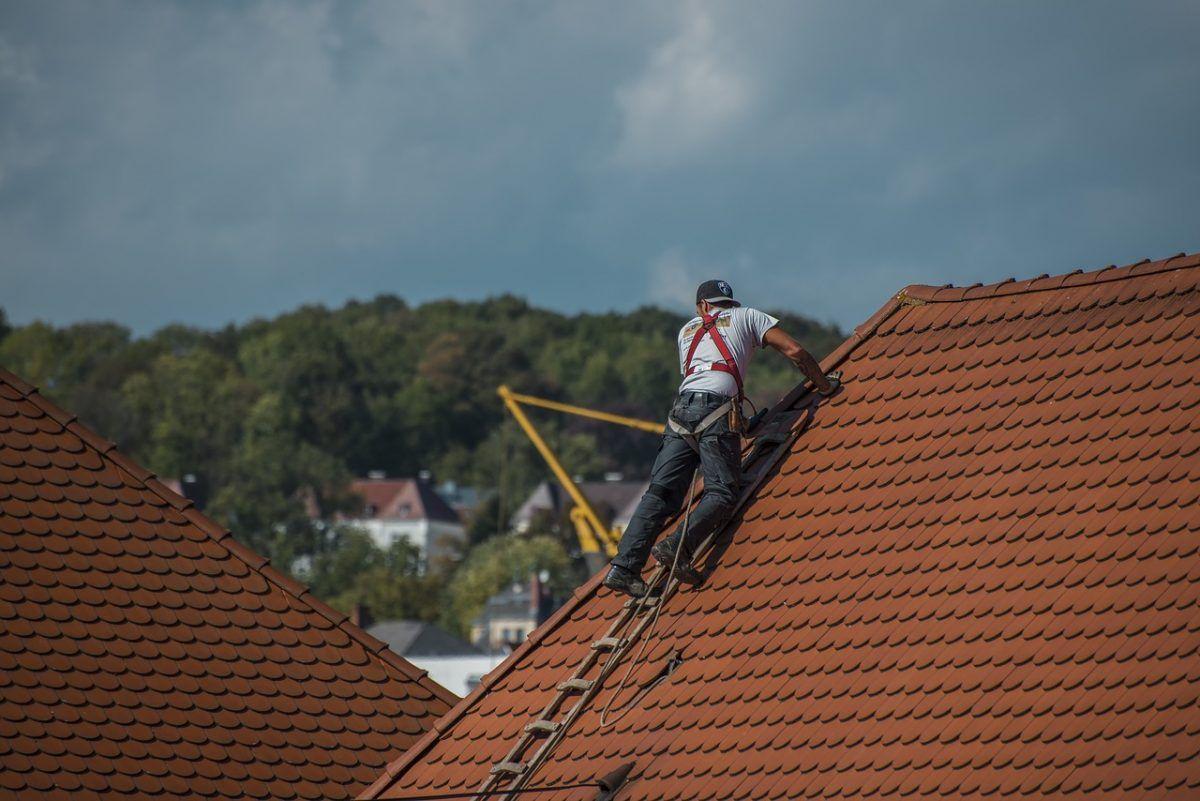 reforma de telhados problemas nas telhas goteira