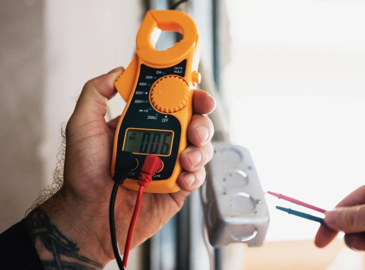 plano de manutenção condominial elétrica