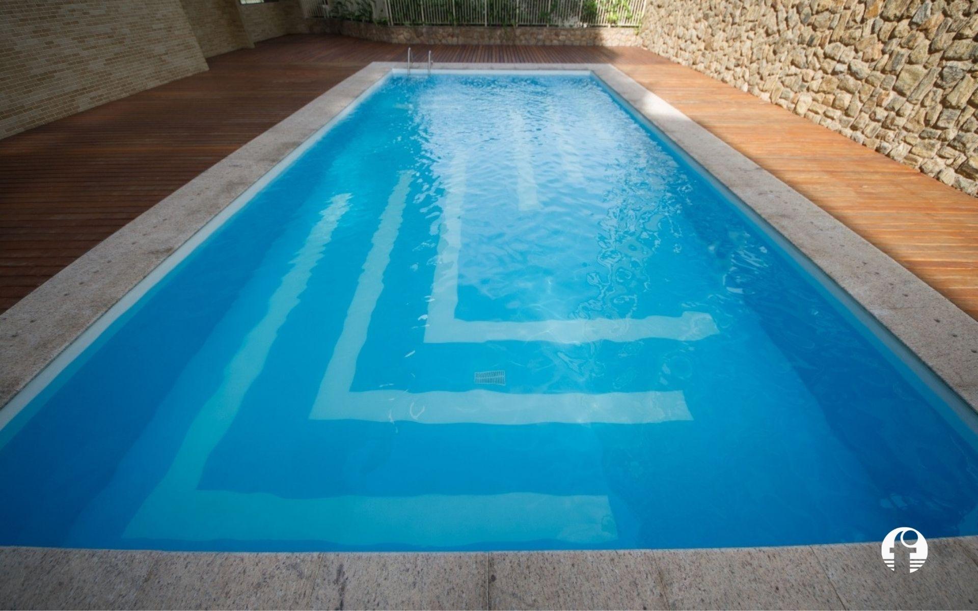 impermeabilização com poliéster flexível piscinas